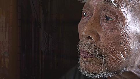 В домах одиноких японцев устанавливают «детектор смерти» poster image